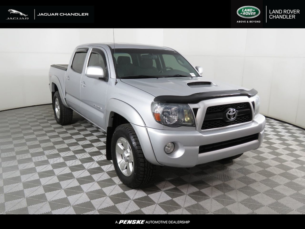 Pre-Owned 2011 Toyota Tacoma 2WD Double V6 Automatic PreRunner