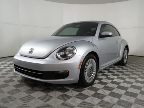 Pre-Owned 2014 Volkswagen Beetle Coupe 2dr Manual 2.5L