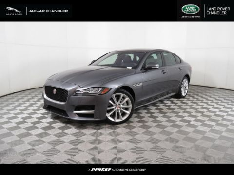 Pre-Owned 2016 Jaguar XF 4dr Sedan 35t R-Sport RWD